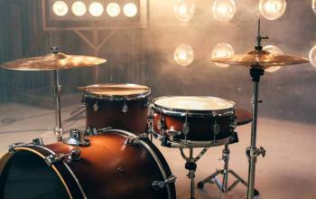 Electronic Drum Set vs Acoustic: The Epic Battle