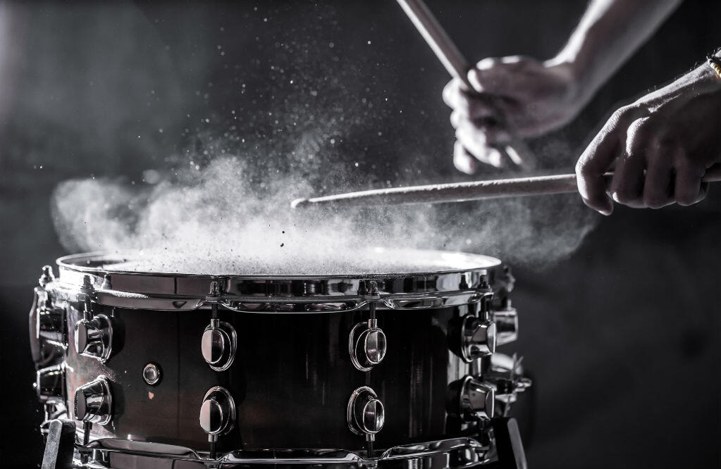 How to Set Up a Snare Drum: A Basic Guide on Snare Drums